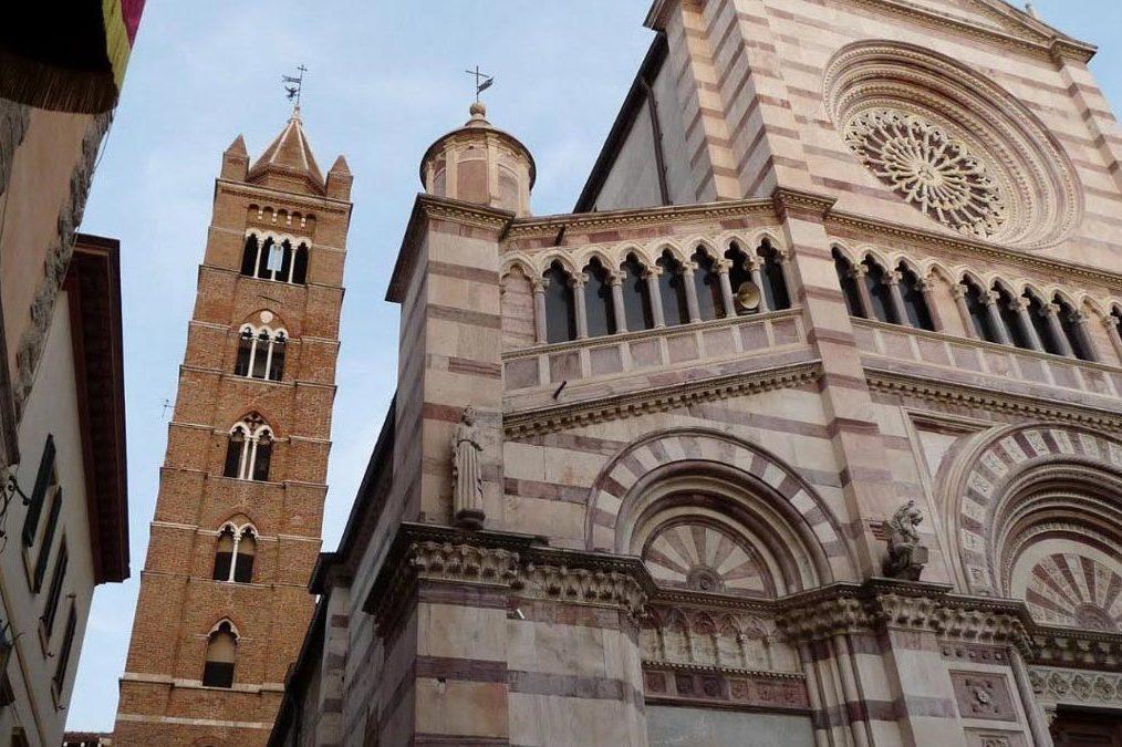 Il campanile di Grosseto e le sue targhe antiche